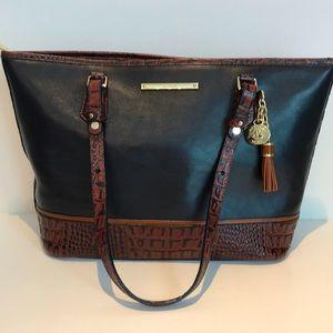 Brahmin leather tote, zippered top skin detail EUC